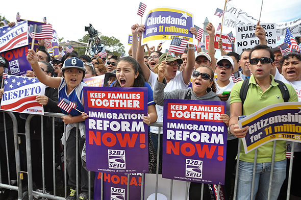Activists gathered at the National Mall Tuesday, demanding Congressional action on immigration reform. (Elena Schneider/MEDILL NEWS SERVICE)