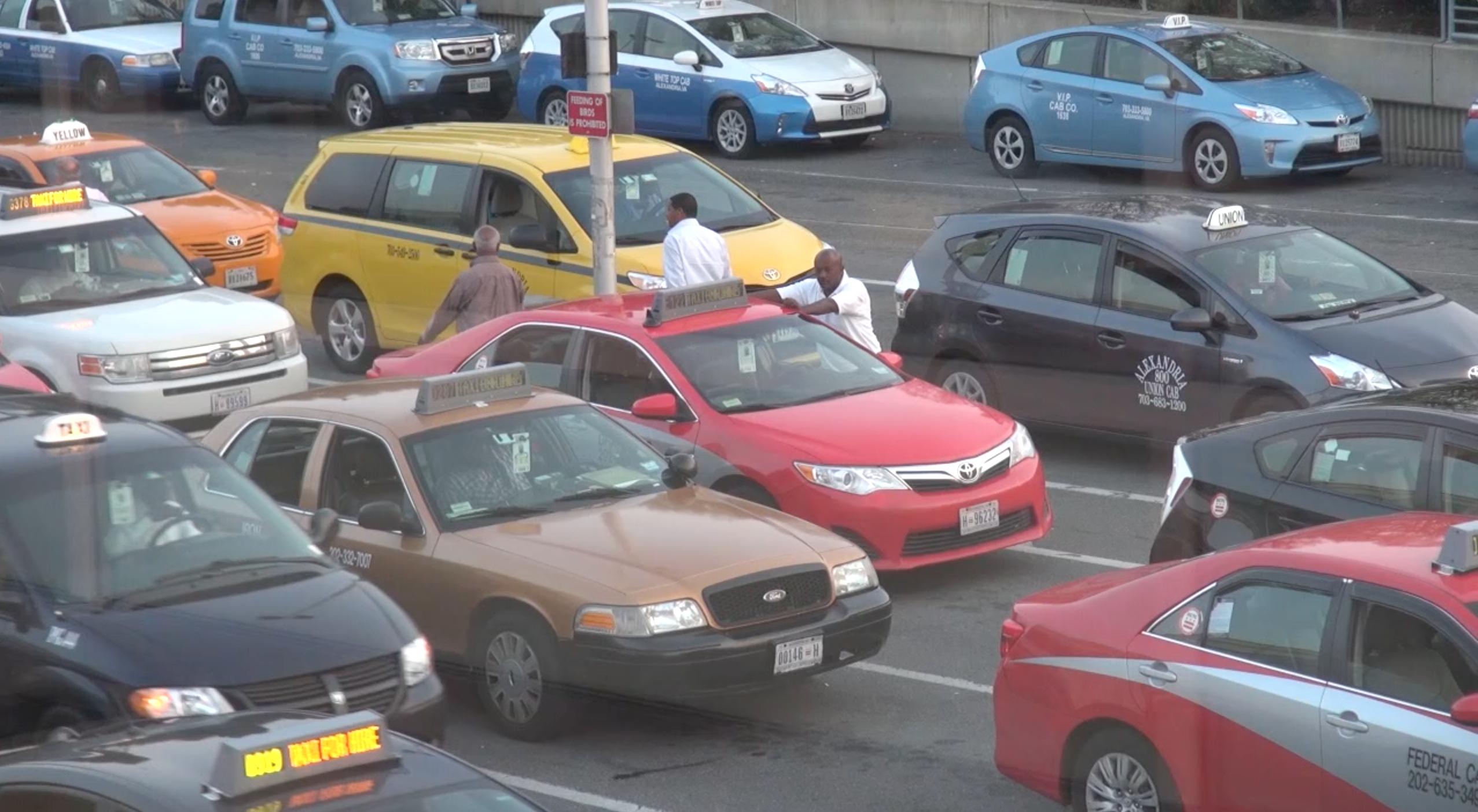 Uber Vs Taxis Washington Airport Edition Medill News Service