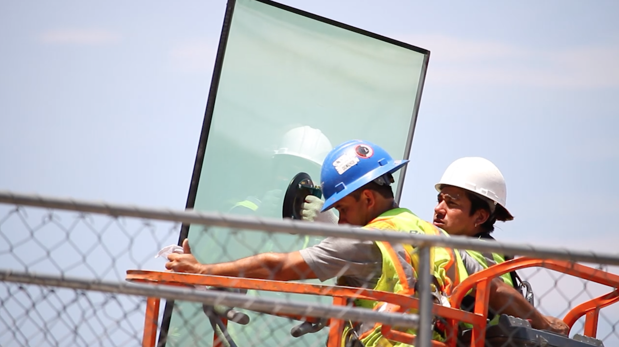 Young Hispanic workers for small construction firms face the most occupational dangers, report says