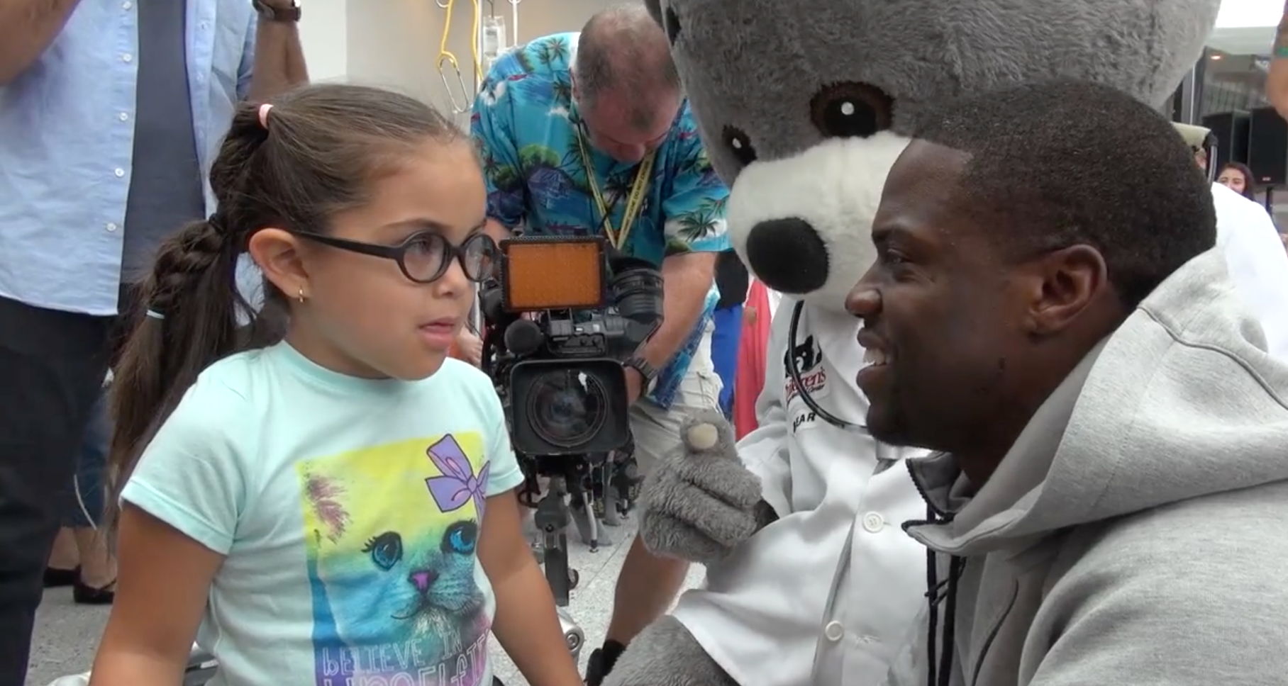 Kevin Hart promotes healthy lifestyle at Children's National Medical Center