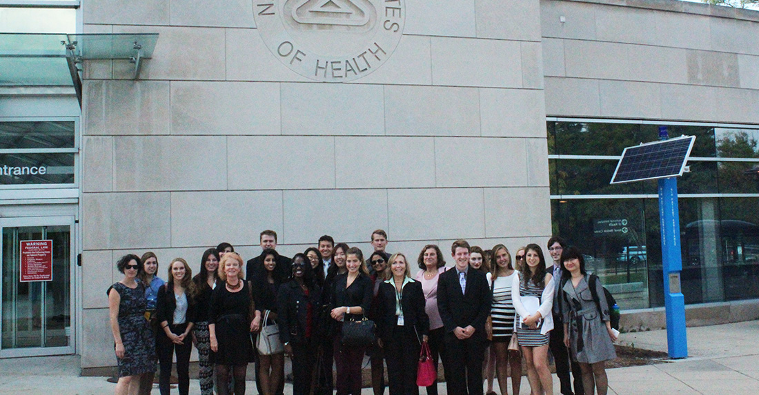 Medill students travel to D.C. to learn about health care policy and tour NIH
