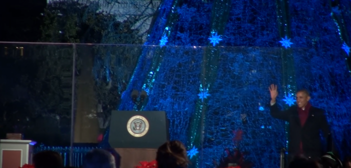 Obama, first family light the National Christmas Tree