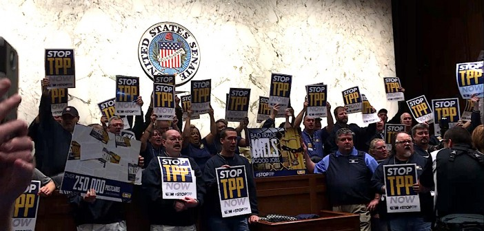 Steelworkers rally to fight Obama's free trade plan