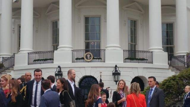 Los campeones del Super Bowl visitan la a Casa Blanca