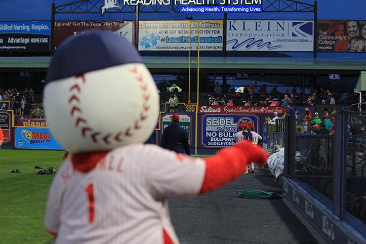The fans love Screwball