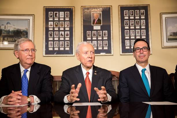 House and Senate Republicans advance budget-conscious tax plans