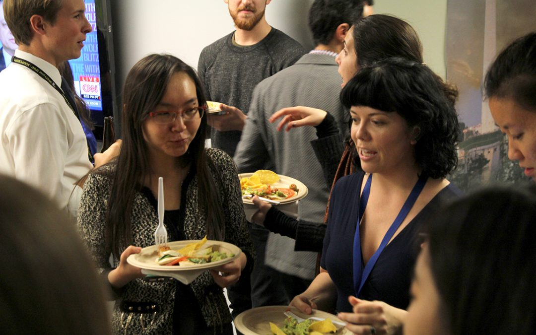 Medill students and grads mingle and network at Mentors reception
