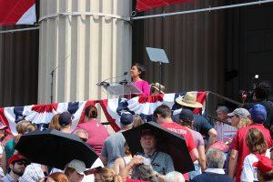 Fox 5 News Anchor Allison Seymour