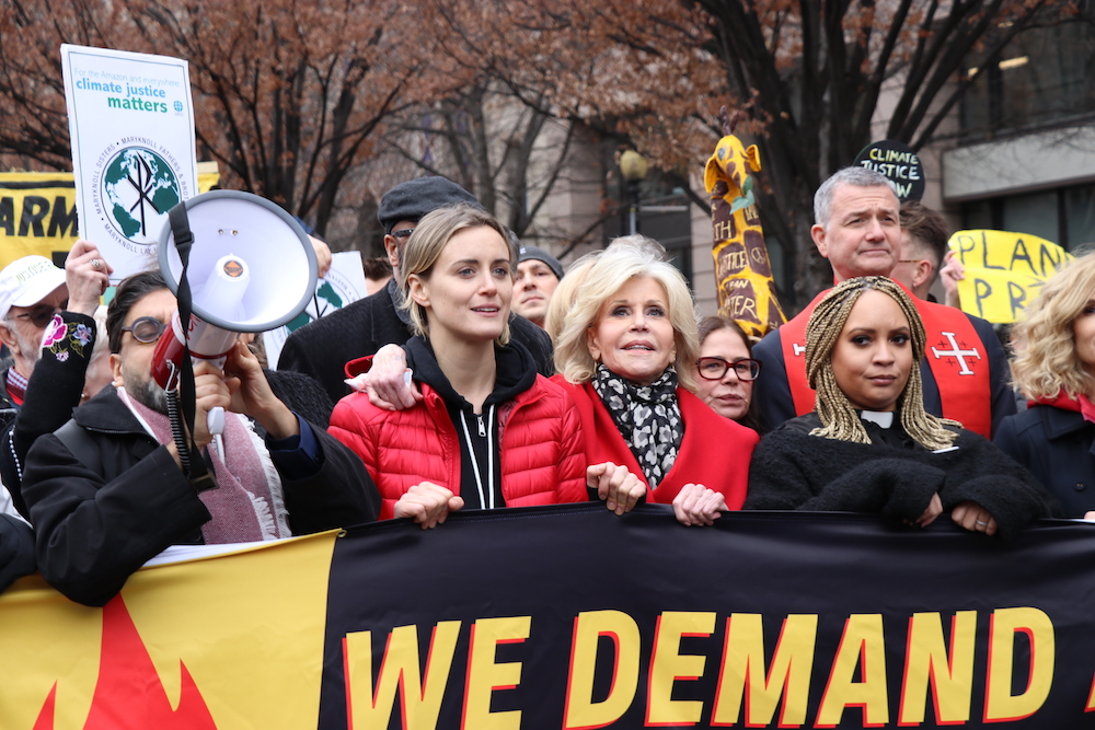 Jane Fonda leads 9th climate change protest