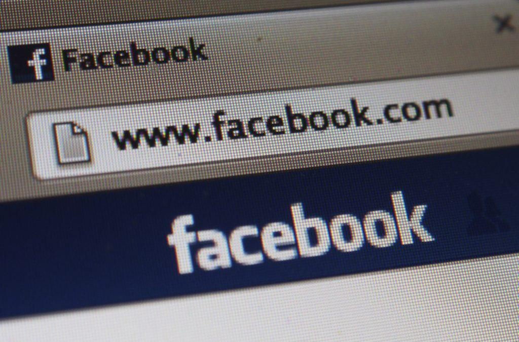"Underwood has ""deep concern"" over Facebook, Twitter's spread of misinformation to Black voters"