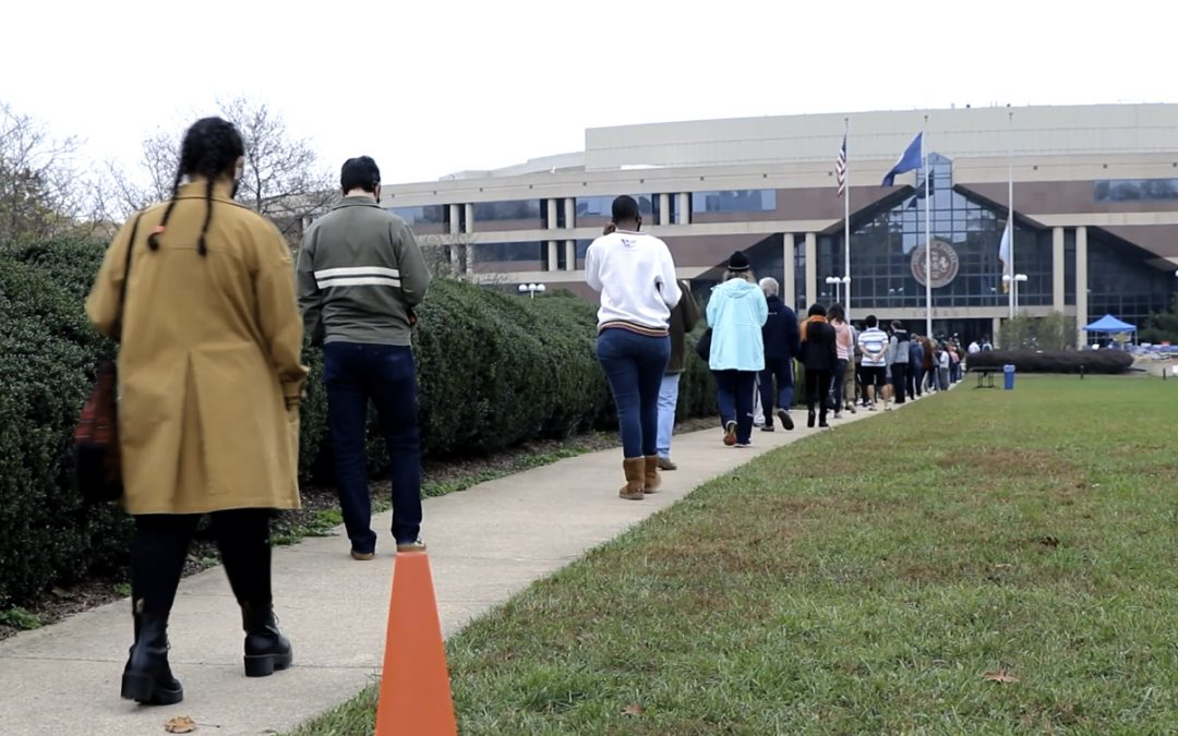 VIDEO: Long lines for early voters in Fairfax County